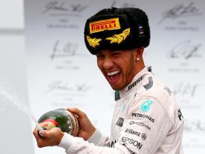 Lewis-Hamilton3